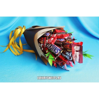 Букет из шоколадных батончиков Ласковый май