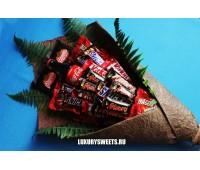 Букет из шоколадных батончиков Летний бар сладостей
