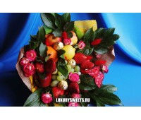 Букет из фруктов, конфет и роз Солнечная Фрейя