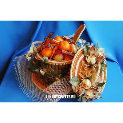 Композиция из конфет и фруктов Солнечный калейдоскоп для повара