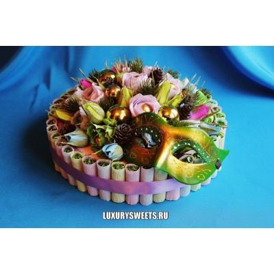 Торт из конфет Новогодний бал
